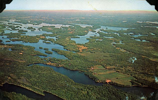 Photographic postcard of the Rideau Canal system.